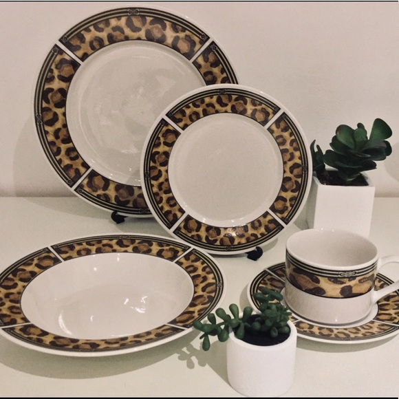 Safari Dining 2 Piece Leopard Dinnerware Poshmark